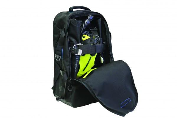 Scubapro Hydros Pro Jacket in Rucksack